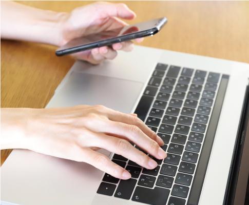 PCや携帯電話から簡単予約